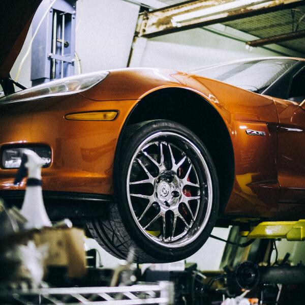 car-mechanic-08