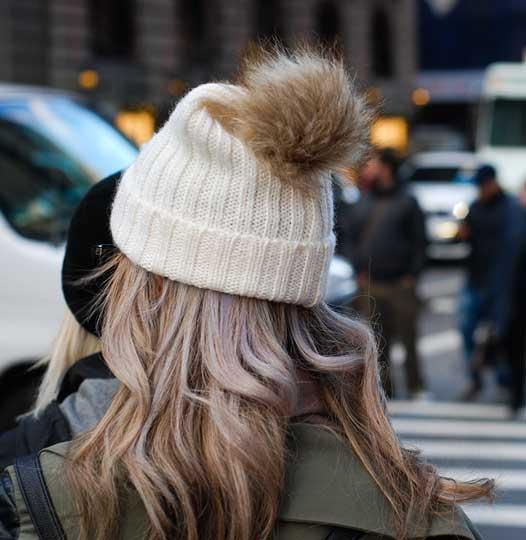https://mystock.themeisle.com/photo/winter-hat/